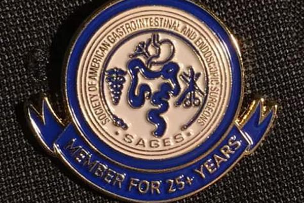 Reconocimiento a 25 años como miembro activo de SAGES (Asociación Americana de Cirujanos Gastroendoscopistas)