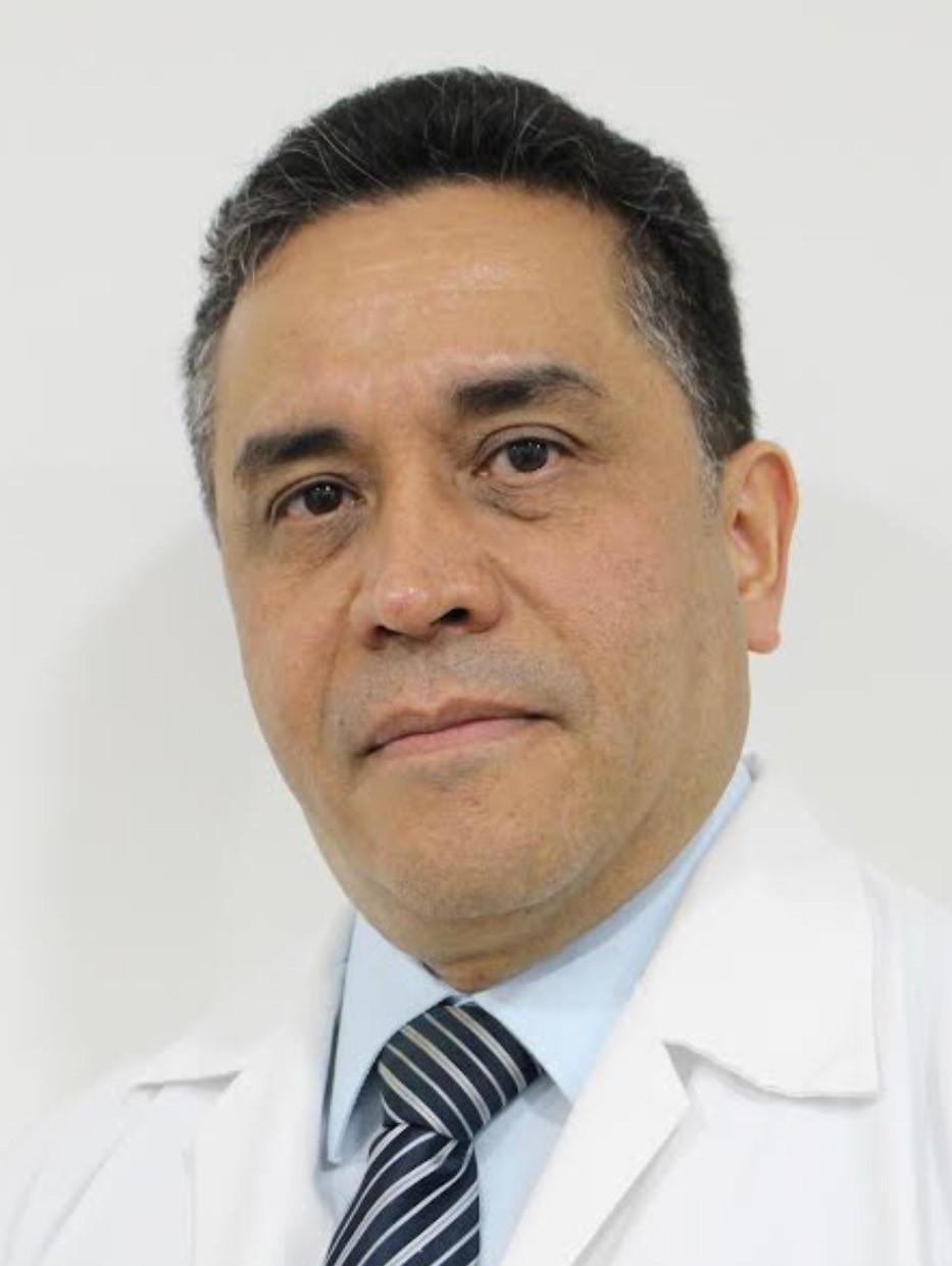 Cirujano Aníbal Pimentel